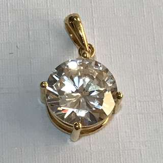 {Women's Fashion - Pendant} Beautiful Sparkling 2.7 Carats Round Cut Man Made Diamond/Gemstone Come With Solid 20K Gold Clasp Pendant Exquisitely Set In A Four-Prong Setting