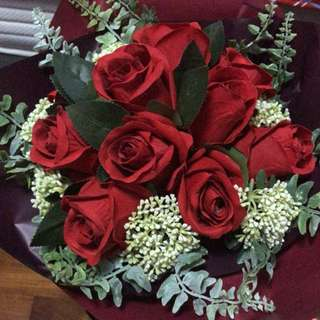 Rose bouquet ( Artificial, look so real flowers) Perfect sweet Gift