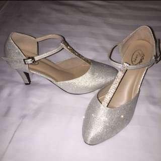 BN Wedding Silver Heels