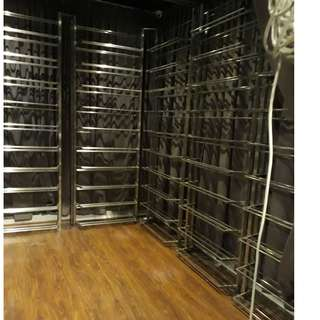 8 stainless steel wine racks for a room size of 3648 mm x 2757 mm