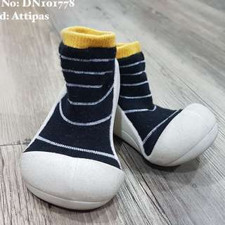 ATTIPAS Shoes+Socks