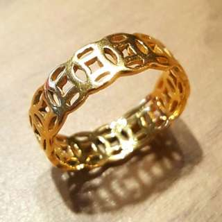 Solid 916 gold fengshui ring size 15  3.86