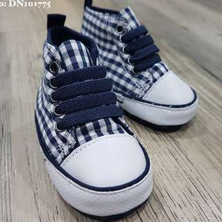 Baby Shoes Checkered