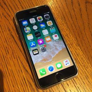 新淨Iphone 7 黑色一部 128GB Apple 電話 Black Matt