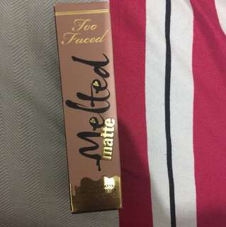 Too faced melted matte (unopen)