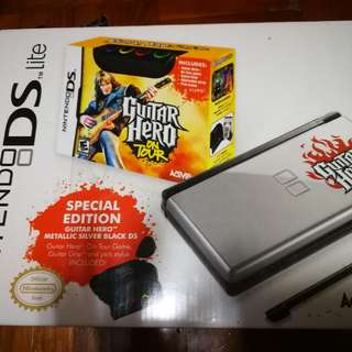 Nintendo DS Lite Guitar Heroes (Special Edition)