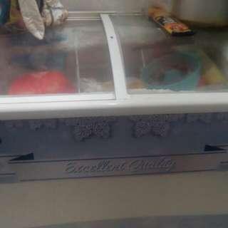 Promo depok gratis ongkir dijual freezer 2pintu
