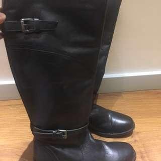 Suite Blanco Boots