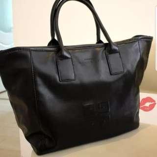 Givenchy手提袋