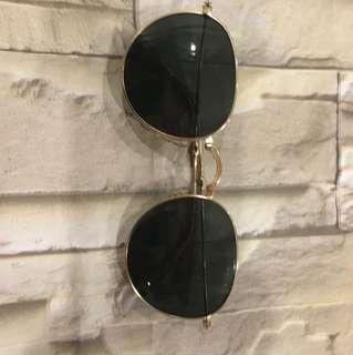 Sunglasses foldable