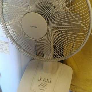 東芝14吋電風扇