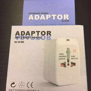 旅行轉換器 travel adapters