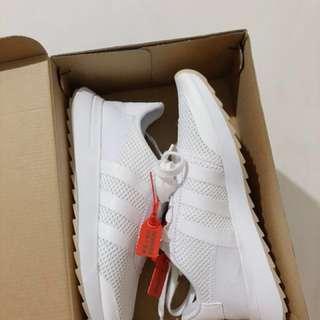 Adidas FLB 全白款