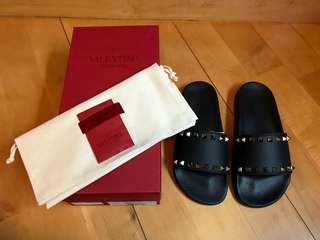 Valentino Slippers 拖鞋