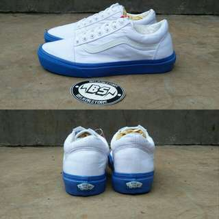 Vans oldskool pop lite sole white/blue