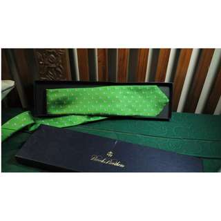 Dasi dari USA merk Brooks Brothers
