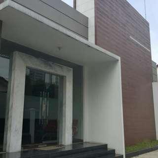 Dijual murah rumah&kantor elite dharmawangsa