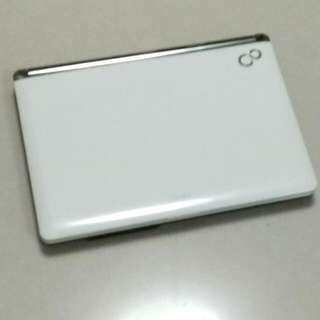 "Pearl White Fujitsu Laptop 14"""