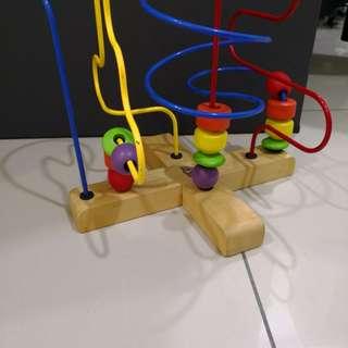 Wonderland toys beads frame