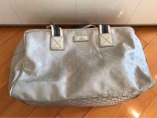 Gucci sliver travel bag