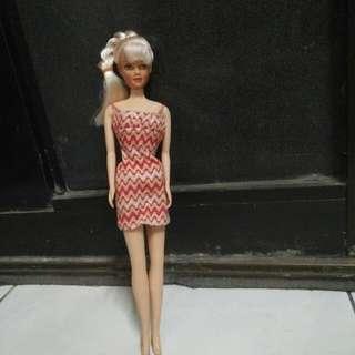 Boneka barbie mini dress