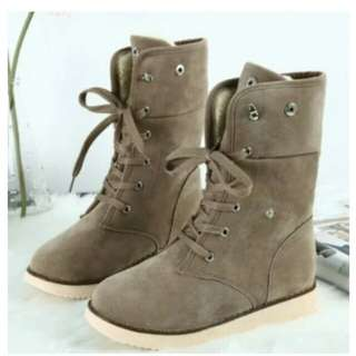 Warm winter lace boots brown