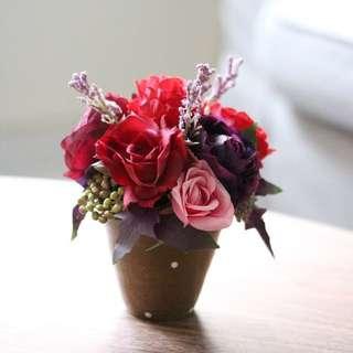 Artificial flower centerpiece