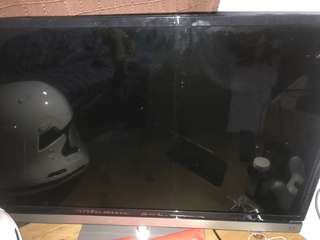 Toshiba 32 TV spoiled
