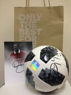 Mini Matchball replica with autograph Man Utd Legend (David May, Dwight Yorke, Denis Irwin)