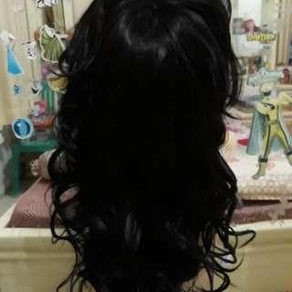 Wig medium curly