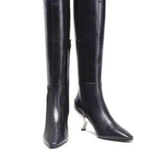 🈹️全新Roger Vivier boots