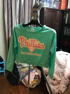 Pastel green short sweater 粉綠短top