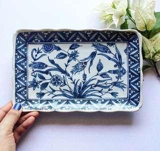 Leafy & floral design platter