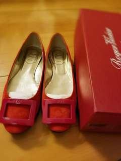 Roger vivier 麂皮平底鞋