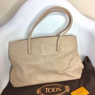 真品 近全新 Auth TOD's elegant leather bag 經典豆豆真皮手袋