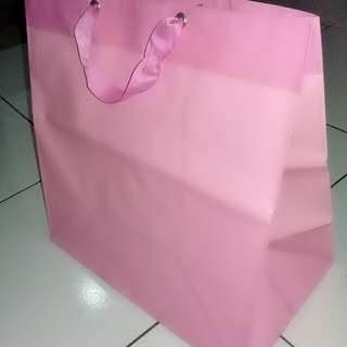 Paper bag pink big size