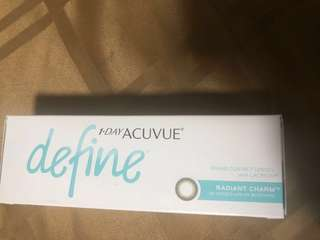 One day acuvue define radiant charm