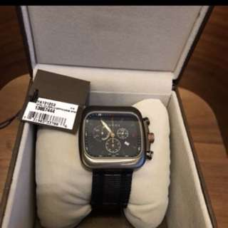 GUCCI CHRONO  (100% authentic and new)