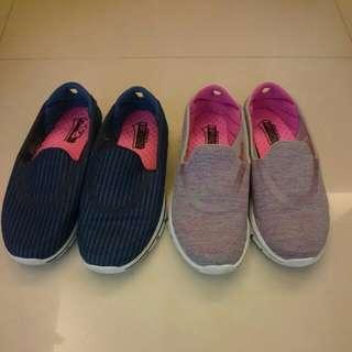 (待匯款)Skechers 女鞋,走路鞋。goga mat technology,尺寸22.5公分,二双一起出清才800