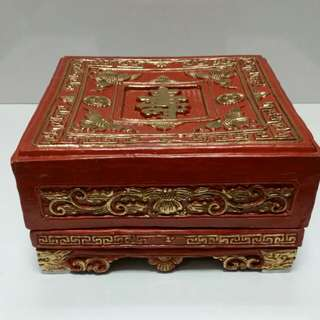 Old Chinese Porcelain' Moon cake Box'