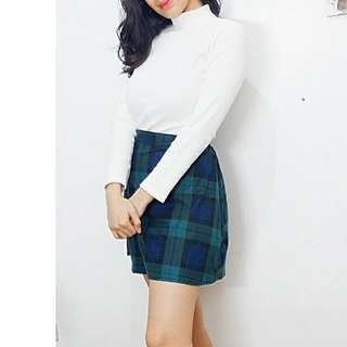 🌟NEW IN!🌟 Turtle Neck Long Sleeves & Plaid Skirt