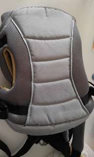 Mothercare 9成新揹帶 baby carrier