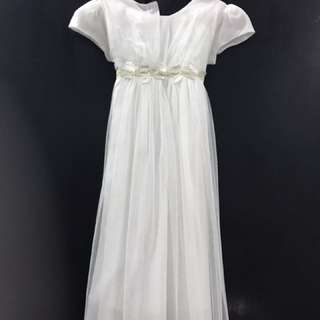 Off white dress, perfect for formal party