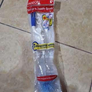 Pigeon bottle and nipple brush sikat botol susu bayi