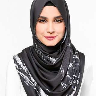 Duck Scarves: The Singapore Scarf in Black