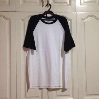 GILDAN Raglan Shirt