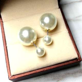 優雅珍珠防敏感耳環 Elegant Pearl Anti-Sensitive Earrings