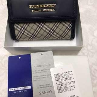 全新 購自日本東京 Burberry 專門店 銀包