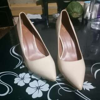 Juan Nude Pumps