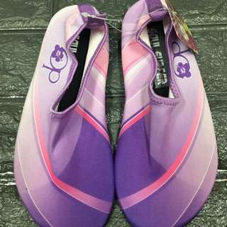 Op swimming shoes P390 Size 35-40